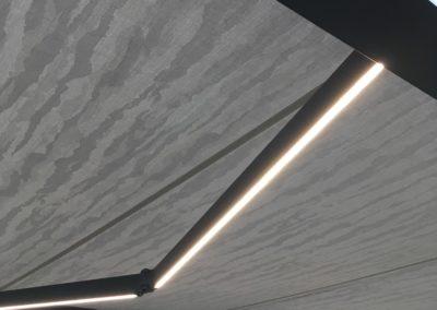 Objektbild-Markise-CUBELINE-LED-Beleuchtung