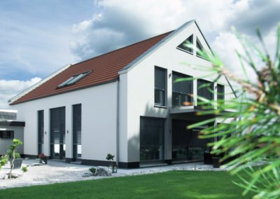Raffstoren-MODULO-Objekbild-Haus-Fenster_Tueren